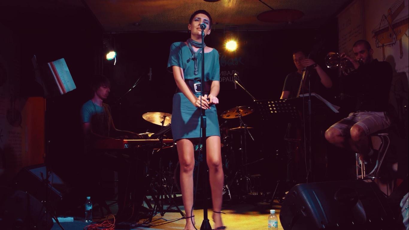 Anna Mia Quintet 6